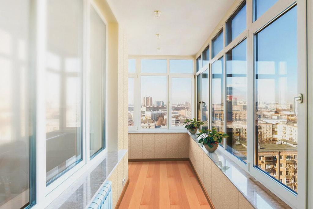 довольно часто остекление балконов фотогалерея помогал таскать декорации